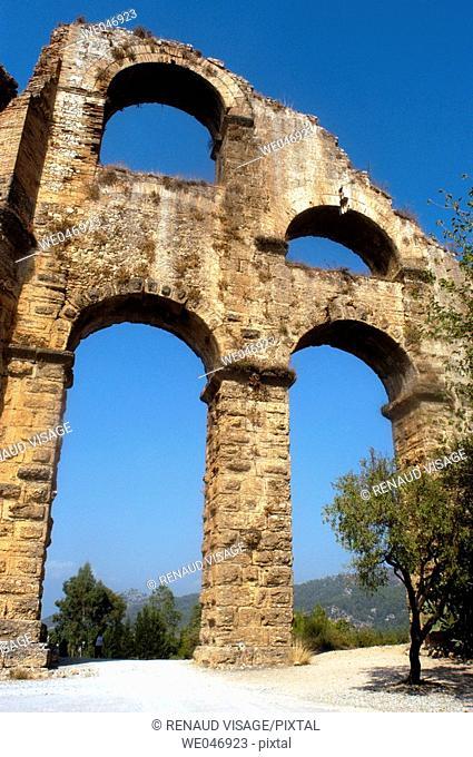 Remains of Roman aqueduct near Aspendos. Aspendos. Turkey