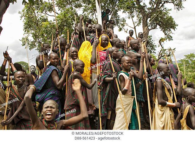 Donga ceremony. Surma tribe. Near Kibish. Ethiopia