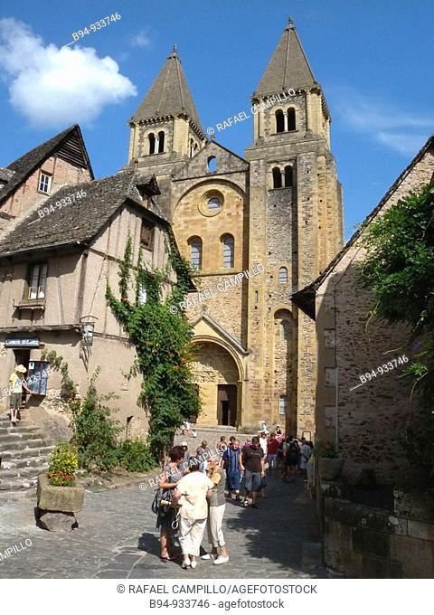 Romanesque Sainte-Foy abbey church, Conques, Aveyron, Midi-Pyrenees, France