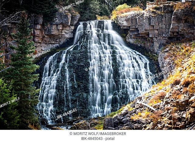Rustic Falls, Waterfall, Yellowstone National Park, Wyoming, USA