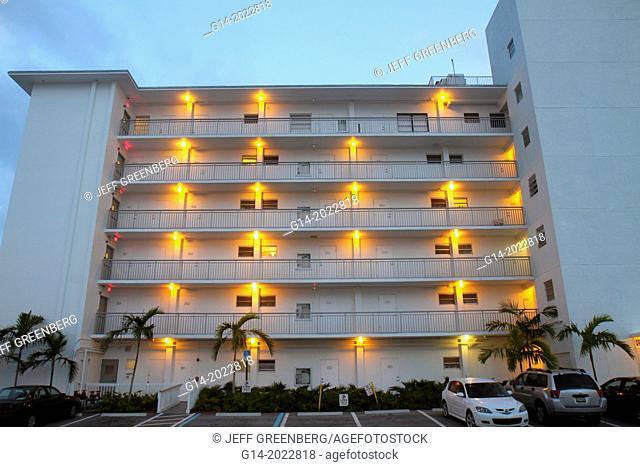 Florida, Fort Ft. Lauderdale, Bahia Beach, hotel, apartments, rental, building, balconies,