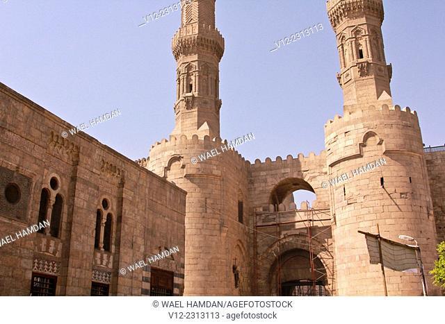 Minaret of Sultan Al-Mu'ayyad Sheikh Mosque, and Bab Zuweila Gate, Old Cairo, Egypt