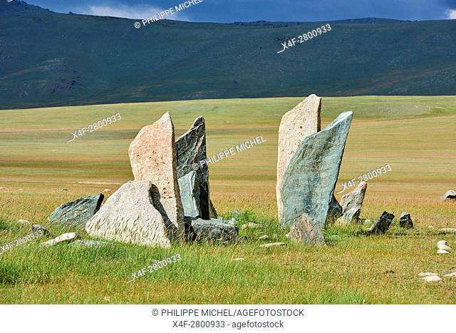 Mongolia, Bayan-Ulgii province, western Mongolia, National parc of Tavan Bogd, deer stone, funeral site, monolithic monument