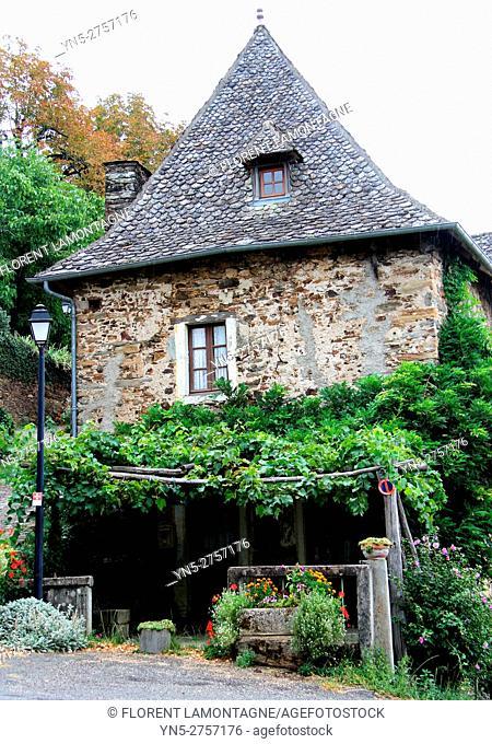Village of Vinzelle, Aveyron, Midi Pyrénées, Occitanie