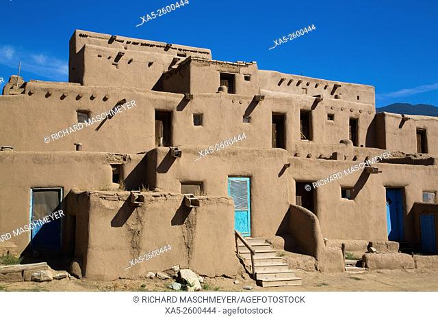 Taos Pueblo, UNESCO World Heritage Site, Pueblo Dates to 1000 AD, New Mexico, USA