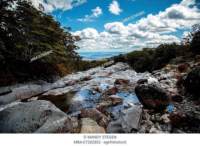 New Zealand, Tongariro National Park, Mangawhero Falls, Rocks