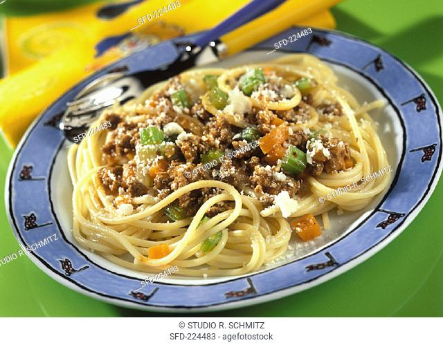 Spaghettini Bolognese with mince and parmesan