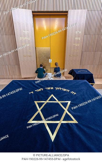 26 February 2019, Bavaria, Regensburg: The image of a Star of David on a cloth is located in the new synagogue in the Upper Palatinate city