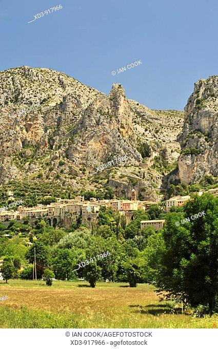 Moustiers Sainte Marie, Alpes-de-Haute- Provence, France