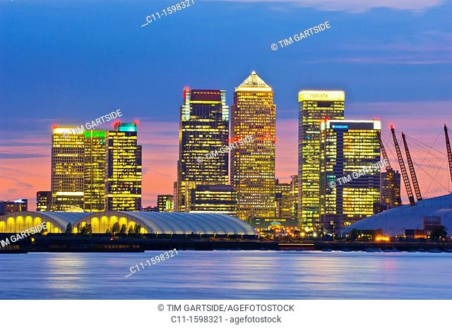 canary wharf skyline shot from across the river thames at night