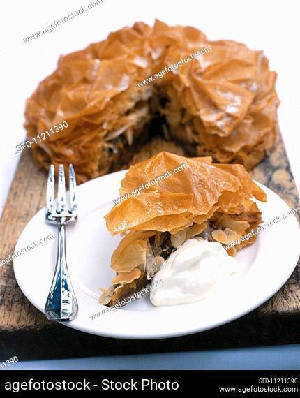 Flaky Crust Apple Pie Slice