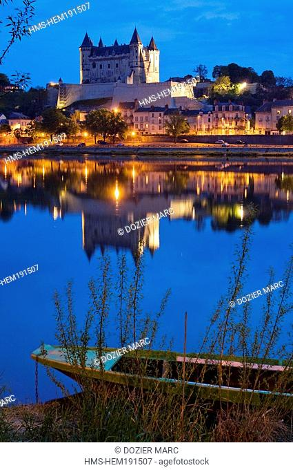 France, Maine et Loire, Loire Valley listed as World Heritage by UNESCO, Saumur, downtown, view from Quai du Marronnier, the castle and Saint Pierre Church are...