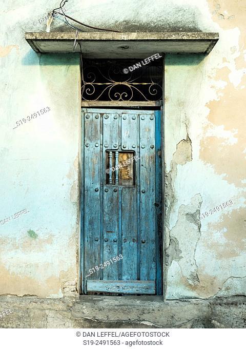 Door. Santiago de Cuba