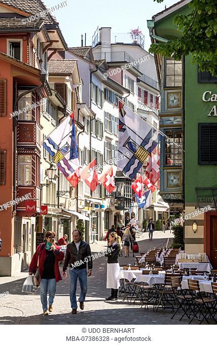 Street cafes and shops in Augustinergasse, old town, Zurich, Canton of Zurich, Switzerland