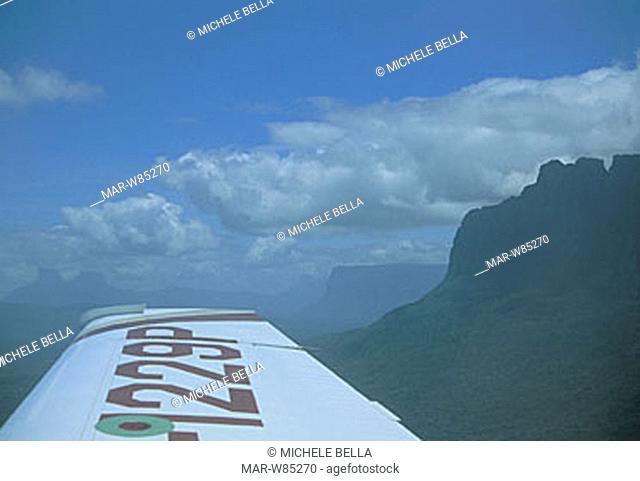 airplane, venezuela, canaima national park