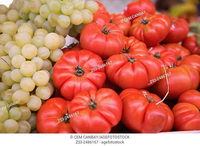 Grapes and tomatoes at the Mercado de Nuestra Senora de Africa market, Santa Cruz, Tenerife, Canary Islands, Spain, Europe