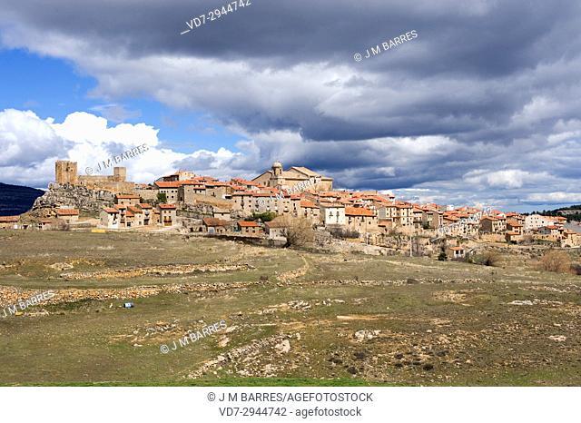 Puertomingalvo, panoramic view. Alto Maestrazgo, Teruel province, Aragon, Spain