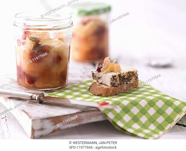 Pear and cranberry chutney