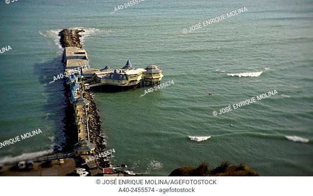 Green coast in Lima city.Miraflores district. Peru