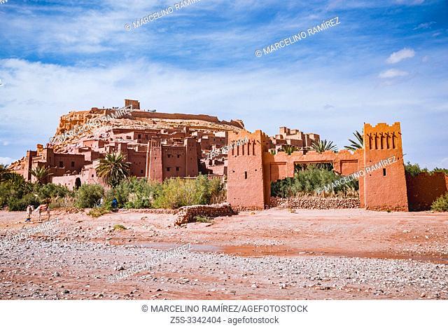Ksar Ait Ben haddou, old Berber adobe-brick village or kasbah. Ouarzazate, Drâa-Tafilalet, Morocco, North Africa