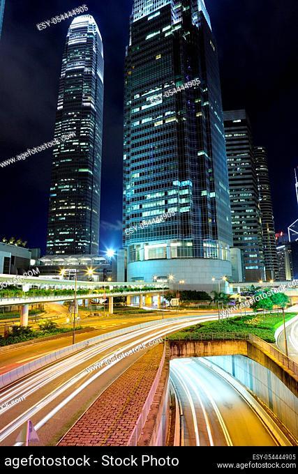 traffic light stream in city at night