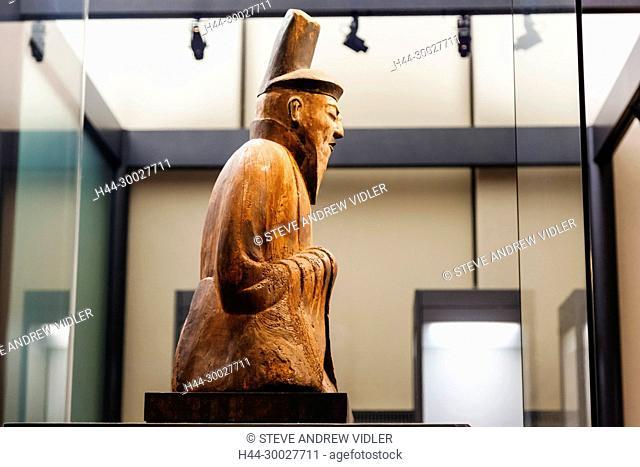 Japan, Honshu, Tokyo, Ueno Park, Tokyo National Museum, Honkan Hall, Wooden Statue of Seated Male Shinto Deity from the Daishogunhachi Jinja Shrine in Kyoto