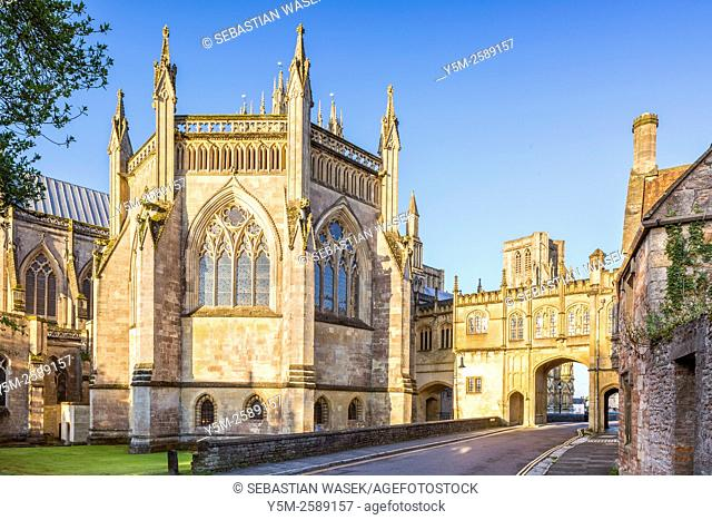 Wells Cathedral and Medieval gatehouse, Somerset, England, United Kingdom, Europe