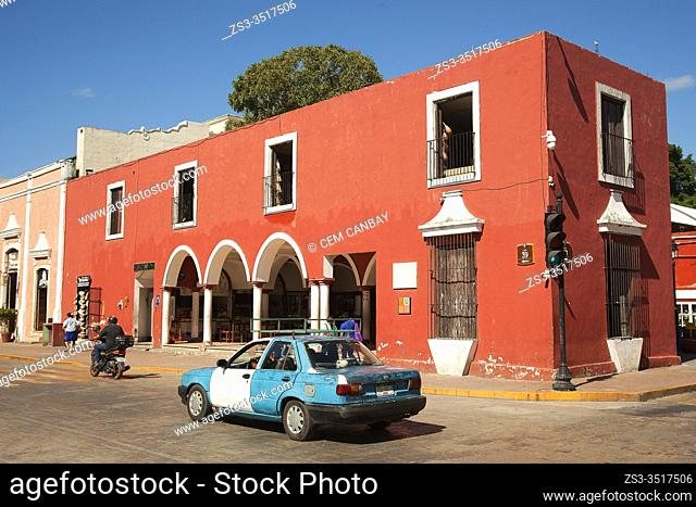 View to the colonial buildings in the historic center, Valladolid, Yucatan State, Mexico, Central America