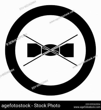 Manual spinning prohibited Clothes care symbols Washing concept Laundry sign icon in circle round black color vector illustration flat style simple image