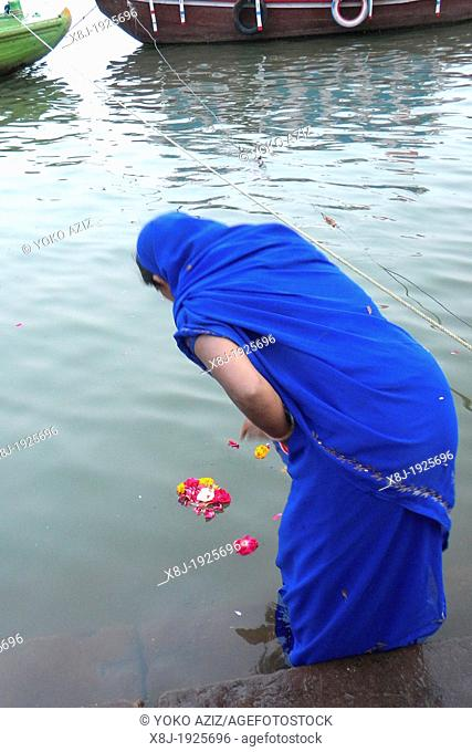 India, Varanasi, Ganga river, woman