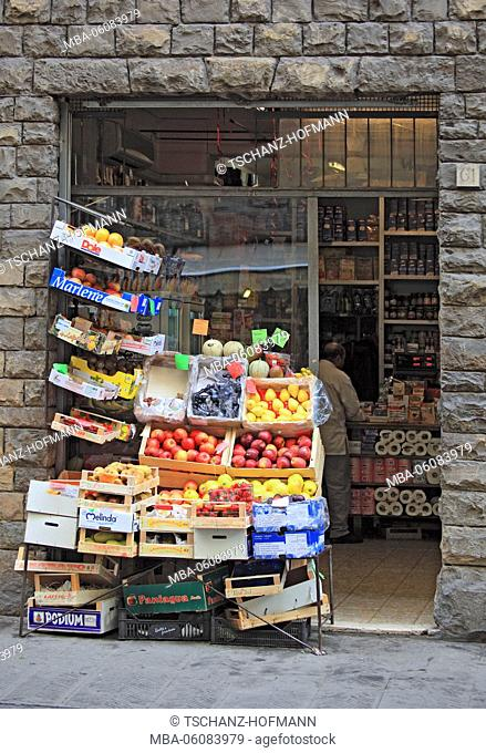 Fruit shop and greengrocery in the Old Town of Florence (in the Ponte Vecchio), Firenze, Tuscany, Italy