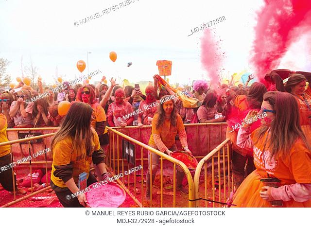 Aliexpress, celebrating its 9th anniversary with a colorful holi run in Valdebebas, Madrid, Spain. There were more than 6000 participants