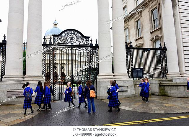 School children at the Parliament, Dublin, Ireland