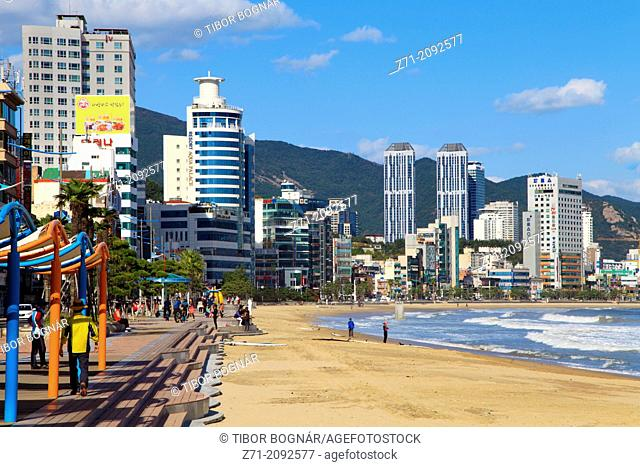 South Korea, Busan, Gwangalli Beach, skyline,