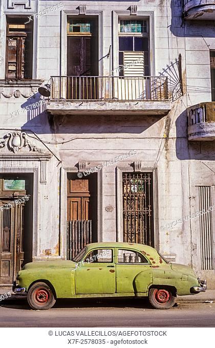Zanja street, Centro Habana District, La Habana, Cuba