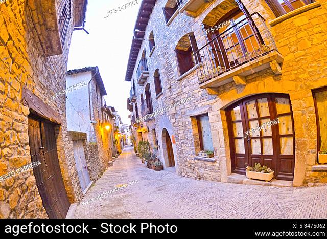 Street Scene, Typical Architecture, Medieval Village of Aínsa, Villa de Aínsa, Sobrarbe, Huesca, Aragón, Spain, Europe