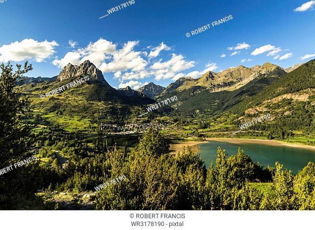Pena Foratata peak, Lanuza lake and scenic Tena Valley mountain town, Sallent de Gallego, Pyrenees, Huesca Province, Spain, Europe