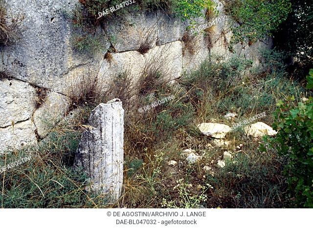 Remains of a column, archaeological site of the ancient Roman city of Alba Fucens, Massa d'Albe, Abruzzo, Italy. Roman civilisation