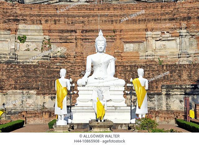 Buddhastatuen, Great Chedi Chaya Mongkol, Wat Yai Chai Mongkon, Ayutthaya, Thailand, Asien