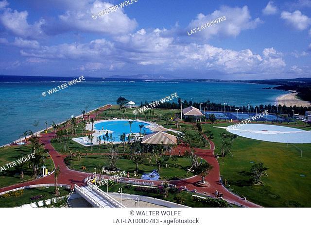 Sunmarina Hotel. Sea,pool and grounds
