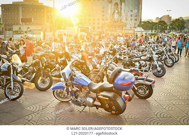 Harley-Davidson motorcycles meeting. Plaça Espanya, Barcelona, Catalonia, Spain