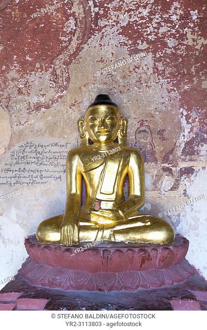 Seated golden Buddha, Sulamani Pahto, Bagan, Myanmar