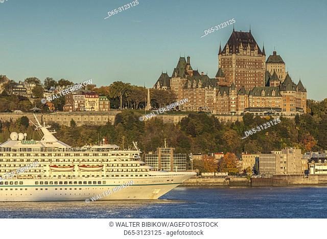 Canada, Quebec, Quebec City, elevated skyline with Chateau Frontenac Hotel from Levis, dawn