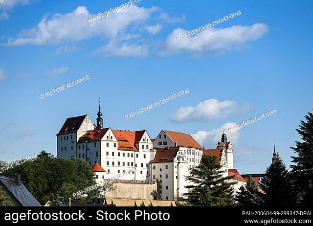 """02 June 2020, Saxony, Colditz: View of the Colditz castle. The """"""""Castle Colditz"""""""" is internationally famous: During the Second World War the prisoner of war..."""