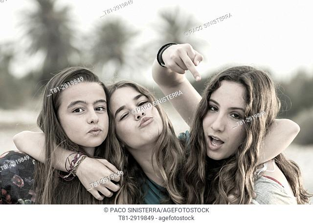 Girls threatening, Madrid, Spain