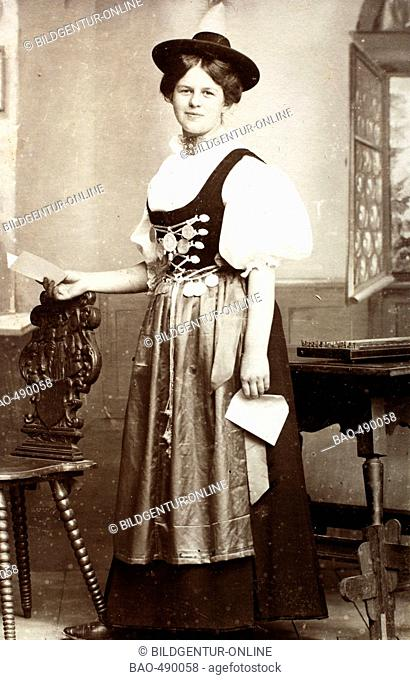 Historical photo, woman in traditional costume, 1901, Upper Bavaria, Germany