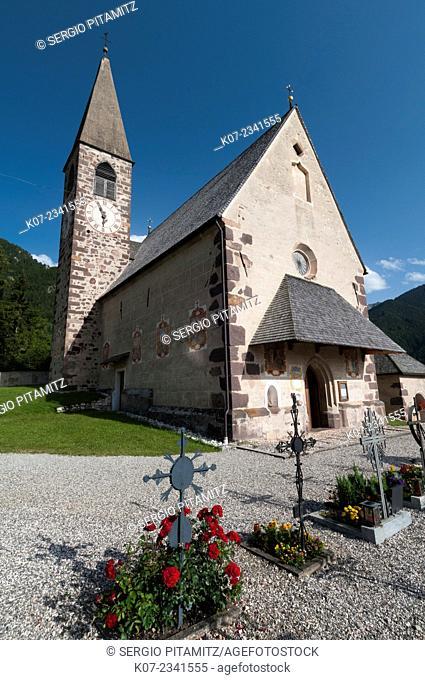 Santa Maddalena church, Funes Valley (Villnoss), Dolomites, Trentino Alto Adige, South Tyrol, Italy
