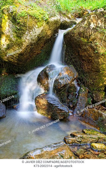 Waterfall. Puente Ra Stream. Sierra Cebollera Natural Park. Villoslada de Cameros. Logroño Province. La Rioja. Spain