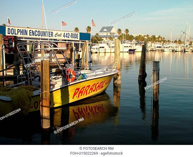Clearwater Beach, St. Petersburg, FL, Florida, Tampa Bay Area, marina, parasail rentals, boats