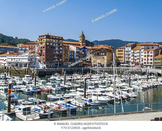 View of the port of Bermeo, Biscay, Basque Country, Spain